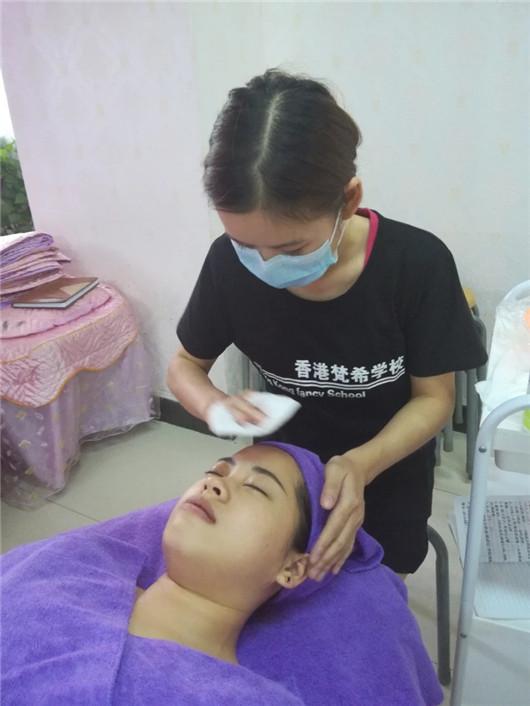 深圳美容学校毕业学员是否有成就